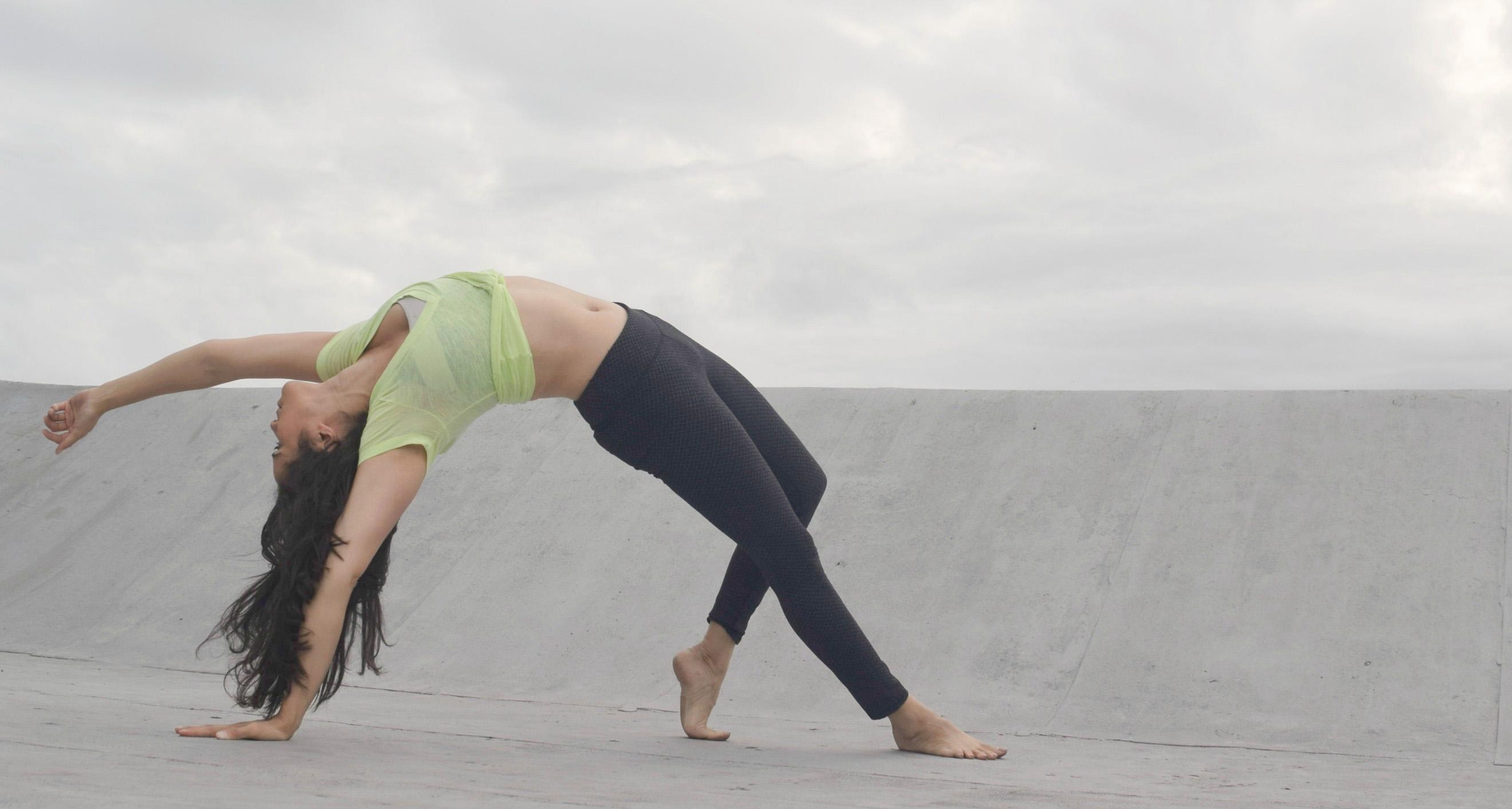 Argentina Rosado Yoga - New York - Wild Thing Pose 2_edited